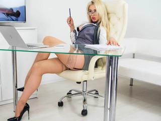 Louisacreamy - sexcam
